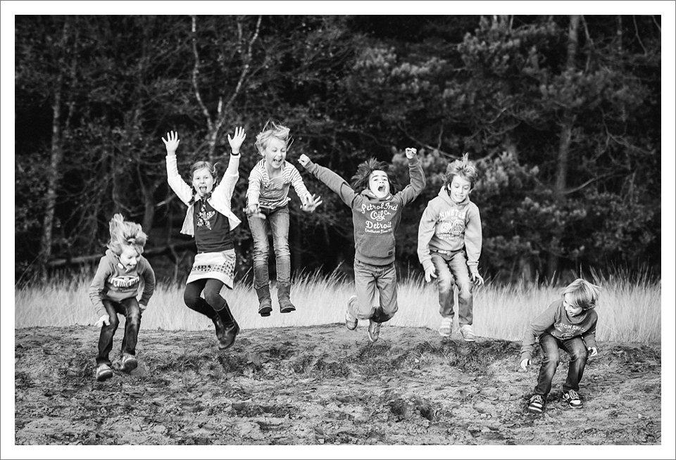 familiefotografie-breda-gezinsfoto-familiefoto-groepsfoto-kinderfotografie-gezinsfotograaf-kinderfotograaf-portretfoto-kinderen-familieleden-gezinsleden-fotoshoot