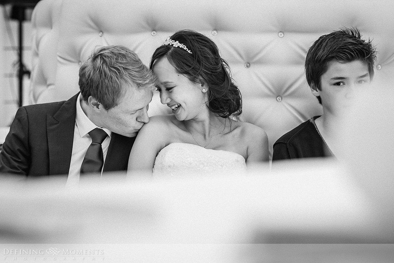 kus trouwfotograaf strandclub doen bruidsfotograaf scheveningen strand trouwreportage nieuwe_badkapel bruidsreportage den_haag journalistieke reportage documentaire bruidsfotografie