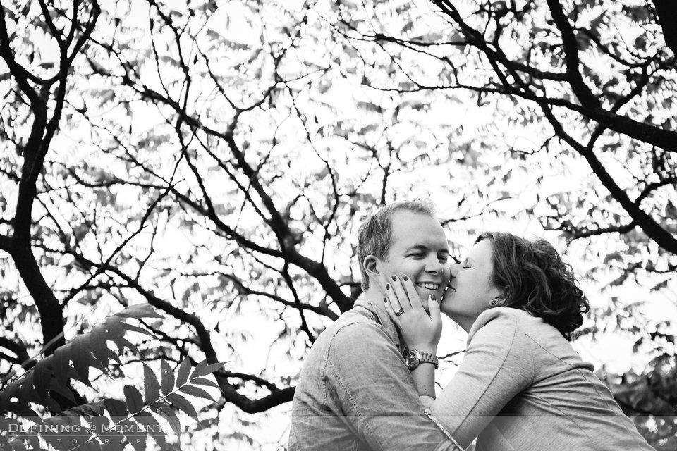 urban-pre-wedding-shoot-urbex-love-shoot-couple-verlovingsshoot-breda-centrum-stad-haven-belcrum-engagement-session-city-wedding-photographer-netherlands-holland-bruidsfotografen-trouwfotografen-team-duo-bruidsfotografie