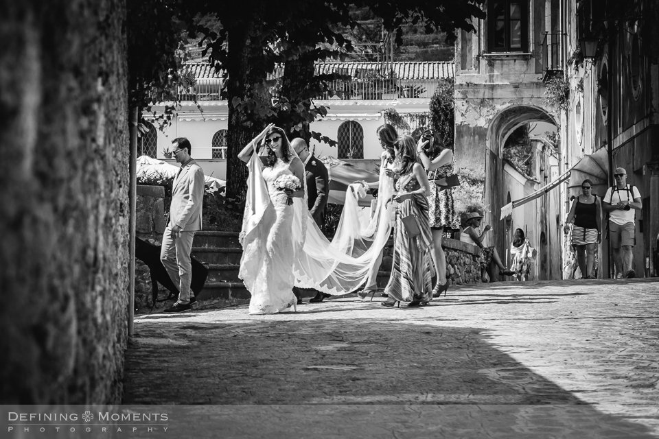 bruidspaar bruidsfoto trouwfoto bruidsfotografie ravello italie amalfi amalfitaanse kust trouwreportage buitenland trouwen bruidsreportage destination wedding photographer netherlands holland