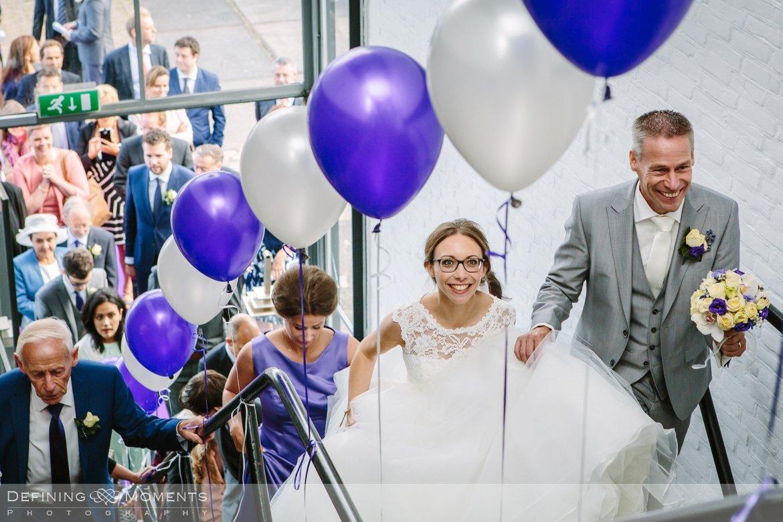 trouwreportage bruidsreportage trouwfoto bruidsfotografie duo team bruid bruidegom rotterdam markthal vertrekhal heerenhuys trouwlocatie bruiloft