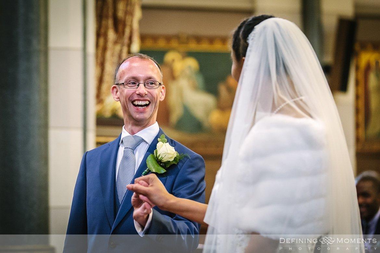 kerkelijk huwelijk journalistiek trouwfotograaf petruskerk etten_leur documentair bruidsfotograaf authentieke natuurlijke bruidsfotografie trouwfotografie breda kerkelijk huwelijk bruidsreportage trouwreportage