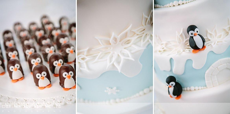 bruidstaart pinguins ournalistiek trouwfotograaf lambertuskerk raamsdonk documentair bruidsfotograaf authentieke natuurlijke bruidsfotografie trouwfotografie breda kerkelijk huwelijk bruidsreportage trouwreportage