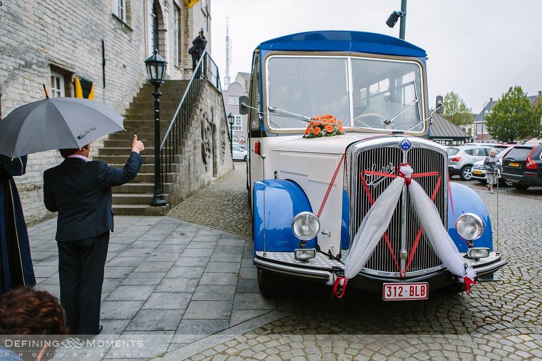 trouw huwelijk huwelijksfotograaf hulst trouwvervoer schoolbus