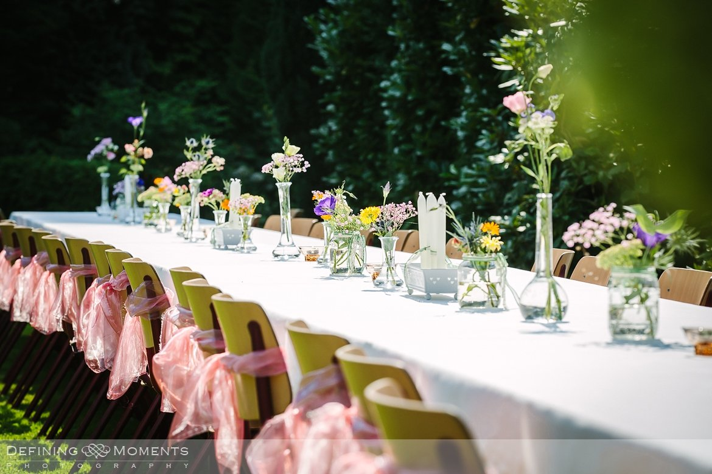trouwfotografie trouwfoto bruidsfoto bruidsfotografie details bruidstaart bruidsbloemen tafel decor sparklers bakfiets borden breda