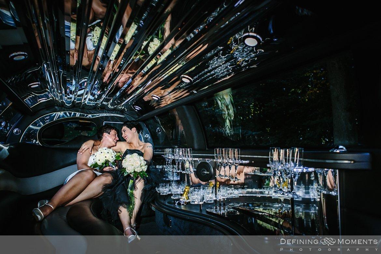 trouwfoto bruidsfoto bruid bruiden lesbisch homohuwelijk gay lgbt same-sex wedding utrecht wijk_bij_duurstede breda zwarte bruidsjurk limo