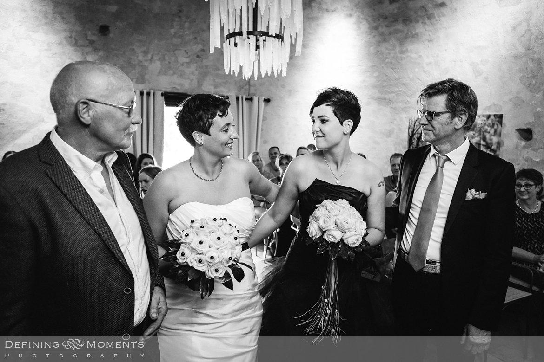 trouwfoto bruidsfoto bruid bruiden lesbisch homohuwelijk gay lgbt same-sex wedding utrecht wijk_bij_duurstede breda zwarte bruidsjurk