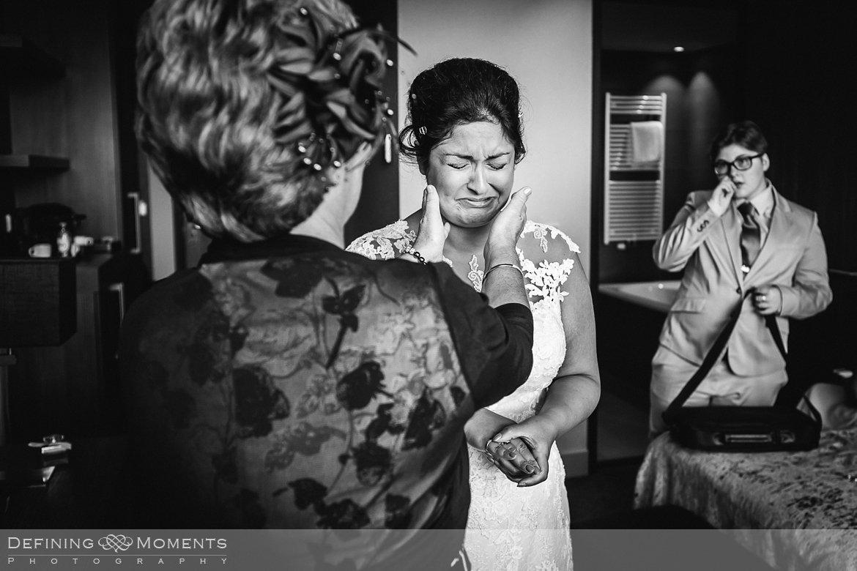 buitenbruiloft tuinbruiloft huis den deijl mastbos breda trouwfotografie trouwfoto bruidsfoto bruidsfotografie bruid bruidegom award