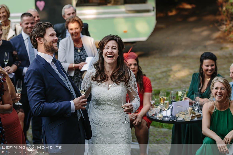 bruidspaar receptie landgoed wolfslaar breda sketches speeches authentieke ongeposeerde documentaire trouwfotografie journalistieke bruidsfotografie