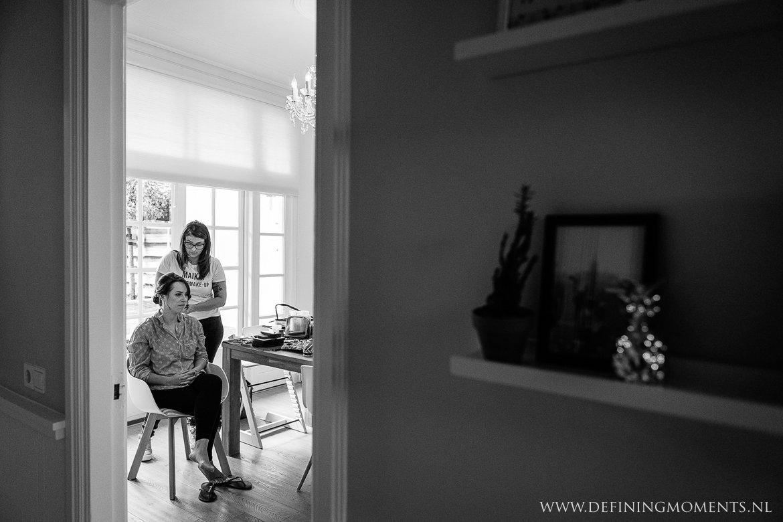 bruid zwart_wit bergen_op_zoom journalistiek trouwfotograaf documentair award-winning bruidsfotograaf breda natuurlijke authentieke documentaire trouwfotografie trouwfoto journalistieke bruidsfoto bruidsfotografie
